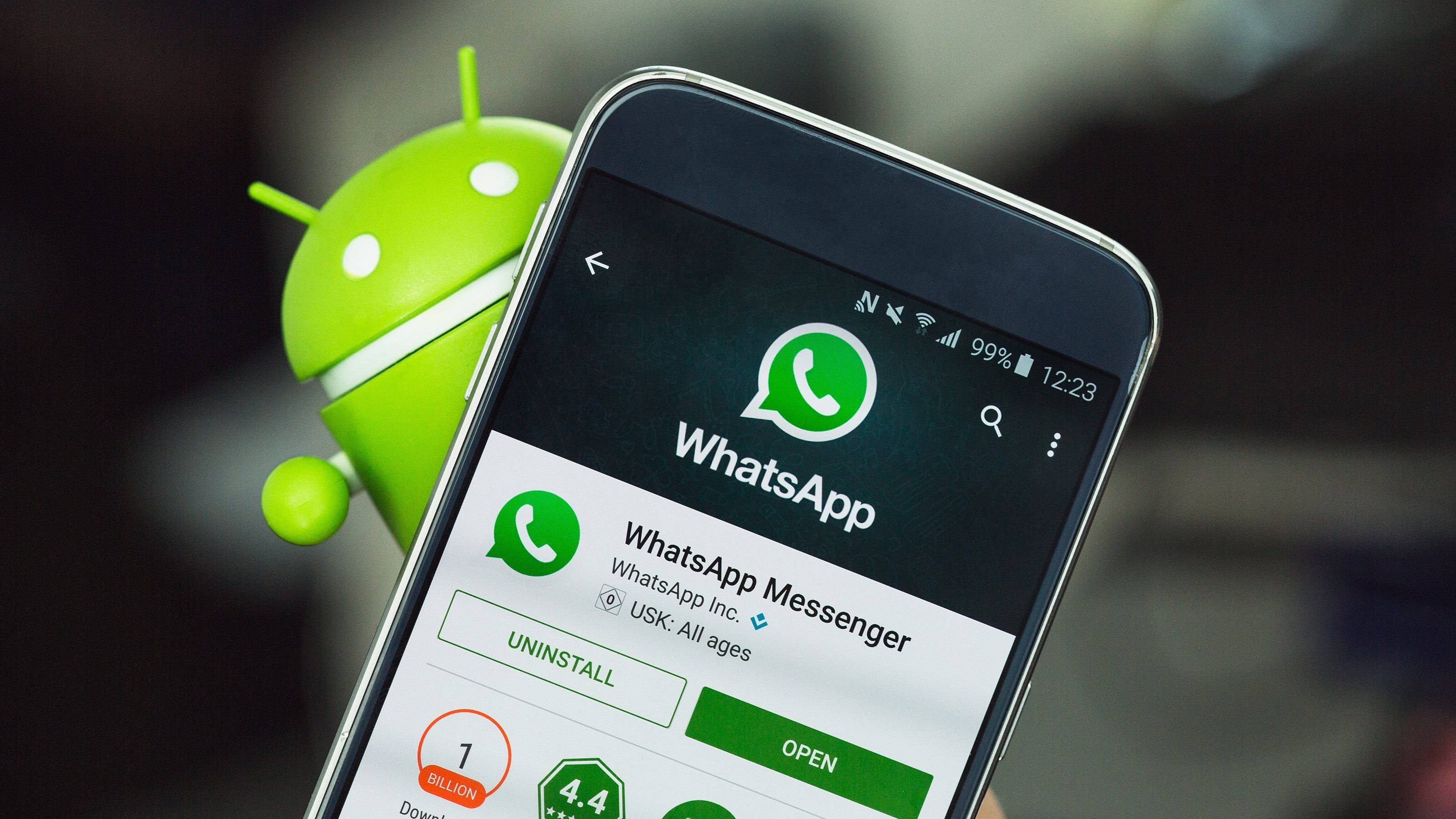How to Fix This Version of Whatsapp Became Obsolete Error